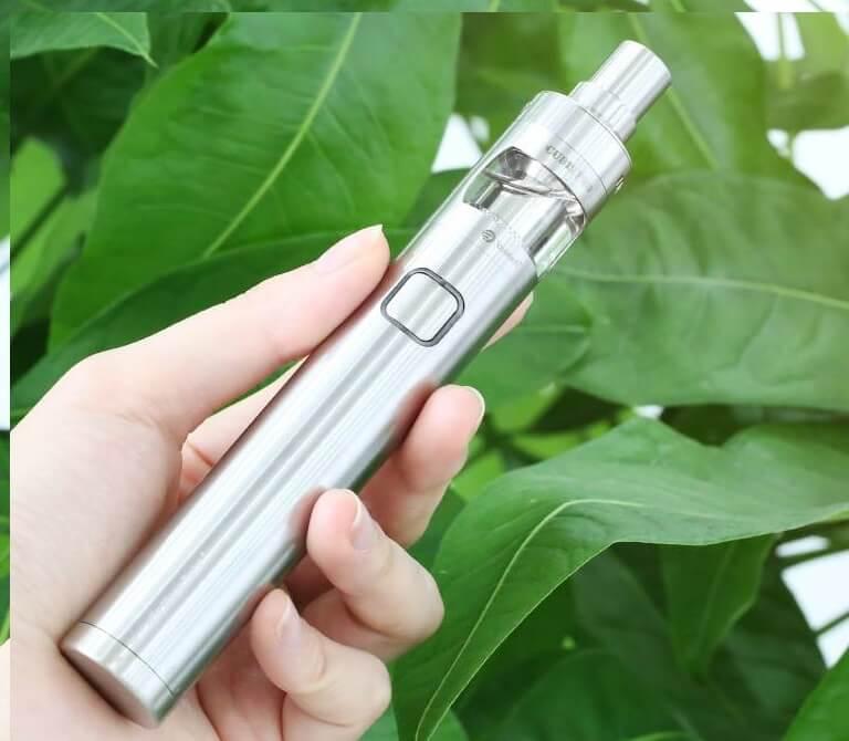 eGo Mega Twist joyetech vape pen trên tay http://www.shishadientu.net/