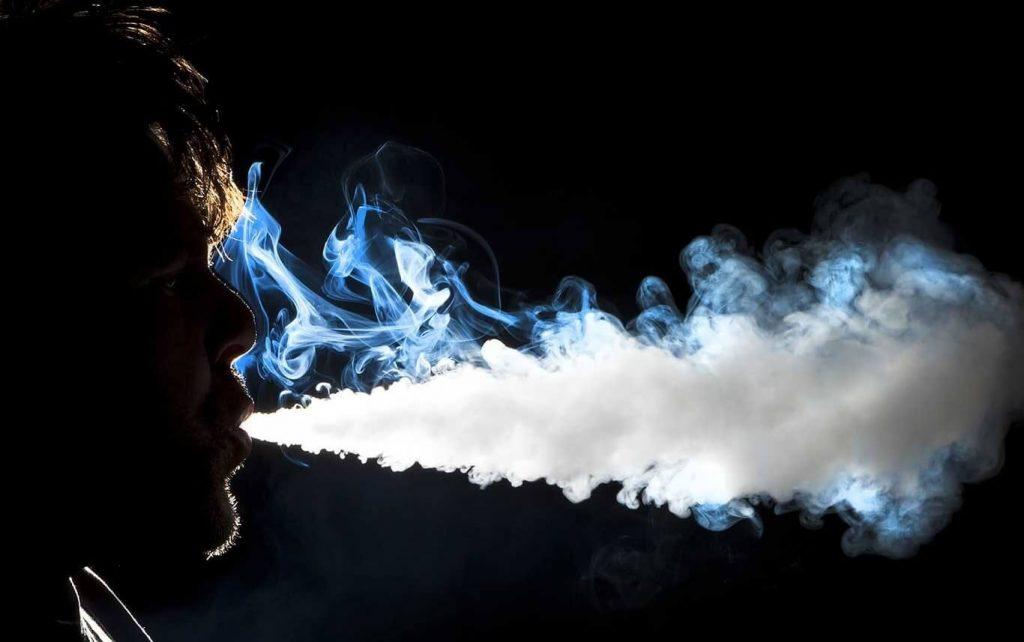 giá bán thuốc lá điện tử Phổ Biến Lý Do